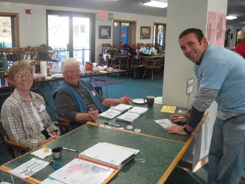 Kyle registers with our awesome election judges Linda Liszka and Dawn Brown.