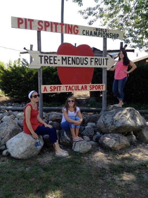 The girls at Tree-Mendus Fruit